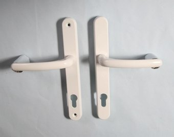 Fab Fix balmoral white lever door handle