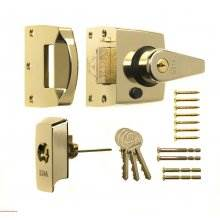 Era 40mm High Security Nightlatch BS3621 Brasslux (1830-31)