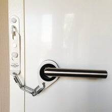 Secure Ring Door Security Chain White
